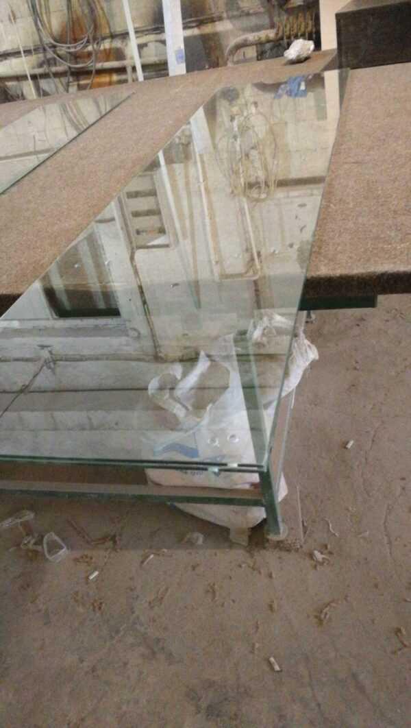 Стекло 6мм резка и обработка в Челябинске