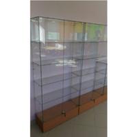 Купить стеклянные витрины из сверленного стекла для магазина