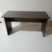 Купить письменные столы из ЛДСП – угловые, с ящиками, с полками